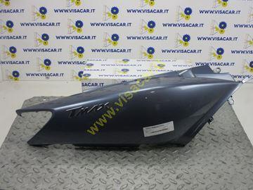 Immagine di CARENA POSTERIORE LATERALE DX MOTO YAMAHA T-MAX 500 -2003-