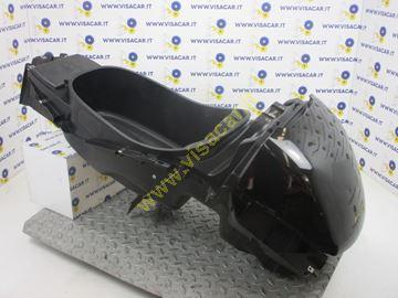 Immagine di VASCA SOTTOSELLA MOTO PIAGGIO X8 125 -2005-