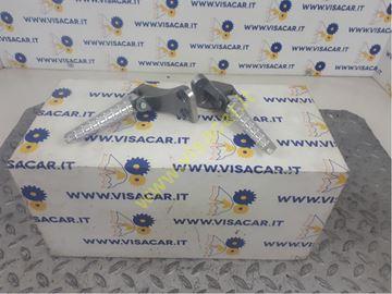 Immagine di COPPIA PEDANE APPOGIAPIEDI POSTERIORI MOTO YAMAHA N-MAX 125ie ABS